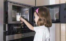 Можно ли греть детям еду в микроволновке: как принять решение?
