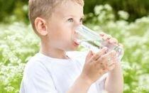Можно ли детям Боржоми: польза и предостережения